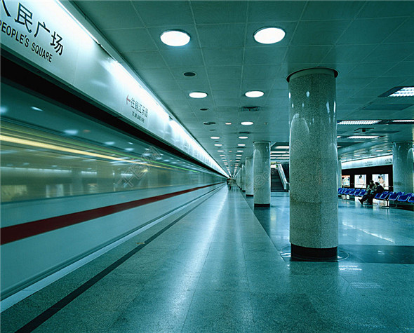 The solution of LTE integrated wireless communication system in subway and station